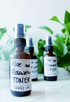 DIY Facial Toner with Aloe and Rose Water | Chenée Today Diy Toner Face, Facial Toner, Homemade Rose Water, Homemade Beauty, Tea Tree Essential Oil, Essential Oils, Hydrating Toner, Glass Spray Bottle, How To Treat Acne