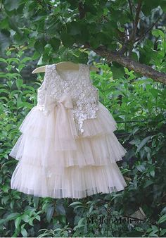 Girls Dresses, Flower Girl Dresses, Wedding Dresses, Vintage, Beautiful, Fashion, Dresses Of Girls, Bride Dresses, Moda