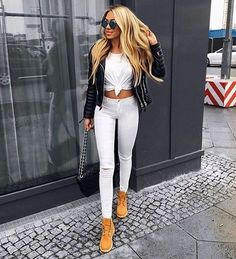 VISIT FOR MORE Ideas de Outfits con Botas Timberland de Mujer The post Ideas de Outfits con Botas Timberland de Mujer appeared first on Outfits. Outfit Con Botas Timberland, Mode Timberland, Timberland Outfits Women, Timberlands Women, Timberland Heels, Timberland Fashion, Casual Outfits, Cute Outfits, Fashion Outfits