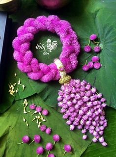 Beautiful floral jewellery for pre-wedding functions floral Bangle💜💕 wedding Special Indian Wedding Flowers, Flower Garland Wedding, Floral Garland, Flower Garlands, Flower Decorations, Wedding Garlands, Stage Decorations, Flower Crafts, Diy Flowers