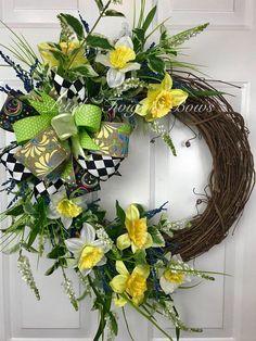 Daffodils, spring wreath, Yellow wreath, Easter decor, spring door wreath, spring decor, spring, best wreath, daffodil wreath, easter wreath#ad