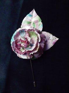 Broche de rosa en tela japonesa