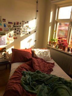 Home Interior Bedroom .Home Interior Bedroom Dream Rooms, Dream Bedroom, Room Ideas Bedroom, Bedroom Decor, Bedroom Inspo, Aesthetic Room Decor, Aesthetic Outfit, Aesthetic Makeup, Aesthetic Art