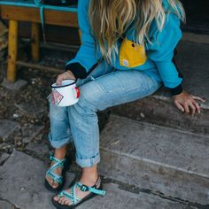 Topo Designs and Chaco have created a limited run of products that boast fresh colors and functional design that works in the backcountry and on city sidewalks. Source by Kathfie and chacos outfits Mode Plein Air, Trekking Outfit, Outdoorsy Style, Outdoorsy Fashion, Climbing Outfits, Summer Outfits, Cute Outfits, Vogue, Hiking Pants