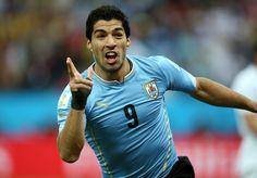 Nadie quiere tenerlo como rival y menos ahora, que su momento es espectacular.Luis Suárez está de vuelta y enfrentará a la Selección Peruana en el duelo correspondiente a la fecha 6 de las Eliminatorias. Luis Suárez tiene a la Bicolor como su víctima favorita y no es para menos, ya que en 5 años le…