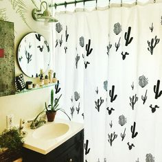 Are you interested in bathroom decor shelf? Then read on to find out. Interior Design Living Room, Living Room Designs, Cactus Shower Curtain, Dream Decor, Apartment Living, My Room, My Dream Home, Sweet Home, Bedroom Decor