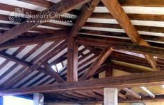 Cubierta estilo tradicional construida con madera centenaria recuperada de demolición. www.navarrolivier.com
