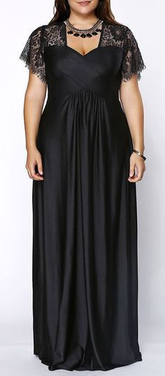 Stylish Plus Size Sweetheart Neckline Lace Panelled Dress ==