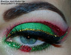Christmas make-up | This make-up is not for sale at CostMad but we love this idea please visit our blog for more: