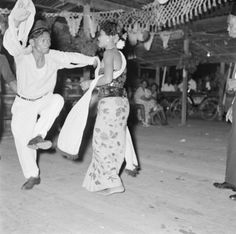 Javaans feest Paramaribo 1955....foto W vd Poll