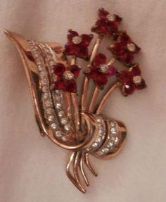 Coro gold tone spray of ruby red flowers rhinestones pin brooch 1940s