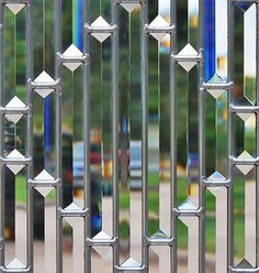 Closeup of pencil beveled leaded glass window - love this for my front door side light windows