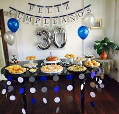 Top Simple Birthday Party For Men 15 Ideas Hubby Birthday, 25th Birthday, Birthday Parties, Birthday Ideas, Decoration Buffet, Table Decorations, Birthday Decorations For Men, Popular Birthdays, 50th Party