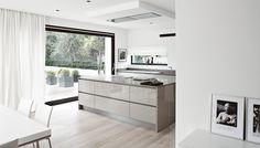 Vila Kolín | realizácie kuchyne Eggersmann Kitchen Island, Home Decor, Kitchens, Interior Design, Home Interiors, Decoration Home, Island Kitchen, Interior Decorating, Home Improvement