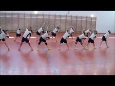 Betanult gimnasztika. Kisiskolásoknak - YouTube Tabata, Gymnastics, Basketball Court, Yoga, Youtube, Teacher, Warm, Children, Toddler Activities