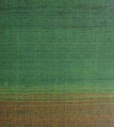 Doe mee aan de workshop en leer een veelvoud aan Japanse weef technieken. De technieken worden op een simpele manier uitgelegd, er wordt geoefend en aan het eind van de dag ga je met proeven en instructiemateriaal naar huis. Het is de intentie van deze workshop om klassieke Japanse textieltechnieken weer toegankelijk te maken voor het vervaardigen van hedendaags textiel. De masterclass is een opstapje om zelf aan de slag te kunnen met de technieken. Naast techniek is er aandacht voor de… Rotterdam, Ikat, Workshop, Atelier