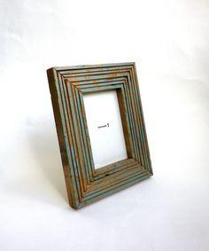 『 Line Frame 50 』   シンプルな ラインのデザインのフレーム。 廃材を使用しているため、 素朴な風合いに仕上がっています。---------...|ハンドメイド、手作り、手仕事品の通販・販売・購入ならCreema。