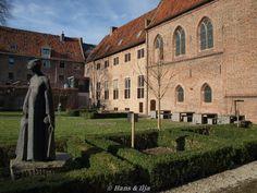 Oude klooster binnentuin Elburg.