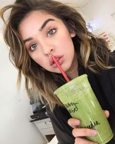 Saturday mornings call for giant green smoothies from Whole Foods, crazy bed head, and about to get my caterpillar eyebrows done. Yay for being productive! Skin Makeup, Beauty Makeup, Hair Beauty, Makeup Style, Eyebrow Makeup, Makeup Geek, Protective Hairstyles, Pretty People, Beautiful People