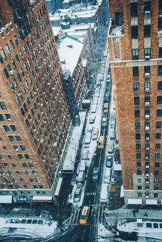 "avenuesofinspiration: "" ""Snowy NYC Streets 
