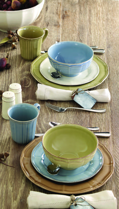 Love these colors & table setting from Noble Excellence
