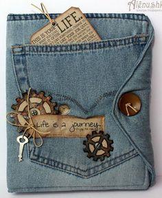 Jeans Book Cover - Creative DIY Book Cover Ideas, http://hative.com/creative-diy-book-cover-ideas/,