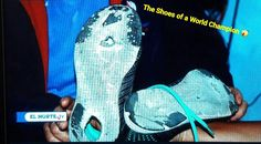 This story has touched me very deeply. There are no excuses for winners...just do it! ===> ECUADOR.  There the shoes of the World Champion under 18 of 5000m march Nairobi 2017.  Something of his life.  # His father is unemployed and the mother works by selling in a market place.  # Days before the World Cup he tells his father: Dad the most broken training shoes then his father answered daughter there is no money come and we patch them.  # Comment on your shoes: I've been accustomed to…