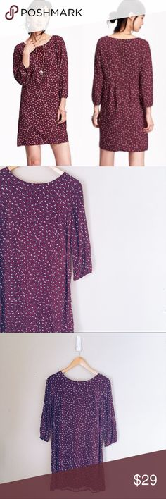 Old Navy • Burgundy Printed Shift Dress Gorgeous Shift Dress with a floral and vine print. Dress has 3/4 lantern sleeves. Beautiful burgundy color and white/pale pink/green/black flower pattern. Very pretty dress for spring or fall. Get it in time for Valentine's Day for a casual romantic night out! Gently used, in excellent condition. You might mistake it for new! Old Navy Dresses Long Sleeve