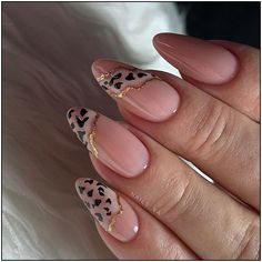 simple spring nail designs for short nails and long nails 8 Classy Nails, Stylish Nails, Fancy Nails, Love Nails, Diy Nails, Uv Gel Nails, Simple Nails, Shellac, Winter Nails