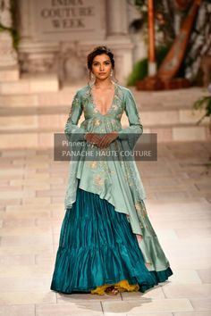 Latest Bride Sister Lehenga Designs by Anju Modi. Her latest collection was showcased at ICW 2018 and has some amazing Pre-Wedding, and Bridal Lehengas. Indian Attire, Indian Ethnic Wear, Indian Wedding Outfits, Indian Outfits, Dress Wedding, Indian Designer Outfits, Designer Dresses, Ethnic Wear Designer, Indie Mode