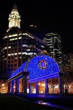 I love Boston at Christmas... Makes me miss home... :( #perfectbostonholiday