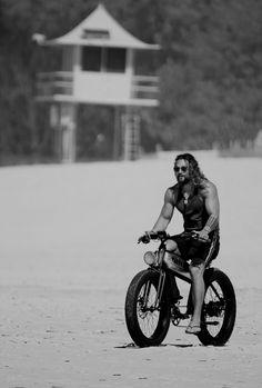 Jason Momoa on May 2017 Jason Momoa Aquaman, Aquaman Actor, Hot Dads, Lisa Bonet, Jason Statham, Raining Men, Matthew Mcconaughey, Hollywood Actor, Man Crush