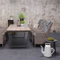 Garden Impressions Vito bijzettafel 68xH56 cm - grijs Aluminium Outdoor Furniture Sets, Outdoor Decor, Lounge, Patio, Garden, Relax, Trends, Home Decor, Airport Lounge