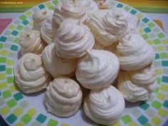 Kipróbált és bevált receptek ...: Vaniliás habcsók Pavlova, Meringue, Brie, Icing, Biscuits, Sweets, Candy, Cookies, Chocolate