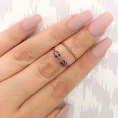 Why do acrylic nails always look way better then natural nails? There is just something about acrylic nails that are simply fabulous and we have found a bunch of awesome acrylic nail designs.
