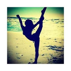 cheerleading on the beach ❤ liked on Polyvore featuring fitness, people, pictures and sporting