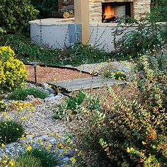 Welcoming gravel path - 50 Landscaping Ideas with Stone - Sunset