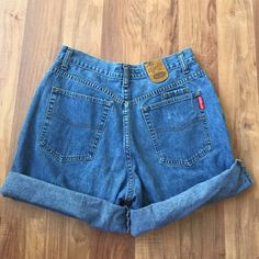 Vintage High Waist Jean Shorts No flaws, Super comfy & vintage, size 10 Urban Outfitters Shorts Jean Shorts