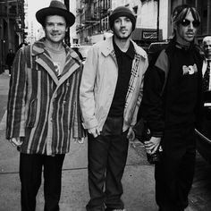 They all look like young kids going to school.    #redhotchilipeppers #rhcp #anthonykiedis #flea #michaelbalzary #chadsmith #joshklinghoffer #johnfrusciante #hillelslovak #80s #90s