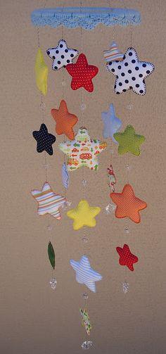 Mobile Estrelas coloridas