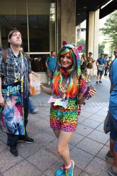 What an awesome, simple, and creative costume...Lisa Frank! She is still one of my favorite cosplayers from DragonCon 2014.  #dragoncon #lisafrank #cosplay