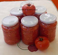 Suc de rosii - Bunătăți din bucătăria Gicuței Salsa, Jar, Cookies, Vegetables, Food, Canning, Banana, Romanian Recipes, Crack Crackers