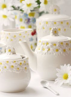 Daisy Tea Set                                                                                                                                                                                 More