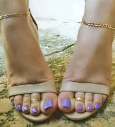 Nice Toes, Pretty Toes, Sexy Sandals, Bare Foot Sandals, Feet Soles, Women's Feet, Beautiful Toes, Foot Toe, Sexy Legs And Heels