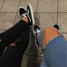 3 Staggering Cool Ideas: Shoes For Girls Teens comfortable fashion shoes.Toms Sh… 3 Staggering Cool Ideas: Shoes For Girls Teens comfortable fashion shoes. Comfortable Fashion, Comfortable Shoes, Rose Gold Shoes, Jimmy, Fall Shoes, Winter Shoes, Best Sneakers, Vintage Shoes, Running Shoes For Men