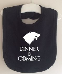Dinner is Coming Bib - Take on Winter is Coming Game of Thrones by TwinkleJellyD. Dinner is Coming Bib - Take on Winter is Coming Game of Thrones by TwinkleJellyD. Funny Baby Bibs, Cute Funny Babies, Game Of Thrones Accessories, Dinner Is Coming, Coming Games, Mode Steampunk, Baby Hacks, Baby Gear, Future Baby