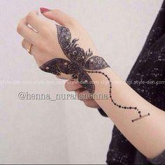 Butterfly Mehndi Designs for Girls
