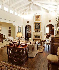 Fab Flea-Market Style Decorating Ideas - Design - Home Decor My Living Room, Home And Living, Living Spaces, Cozy Living, Living Area, Interior Decorating, Interior Design, Decorating Ideas, Decor Ideas