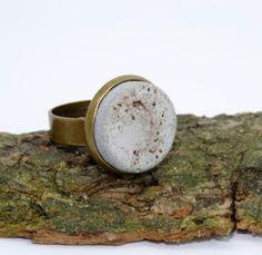 Ringe - Vintage-Ring *Beton & Kristalle* - ein Designerstück von Structallic