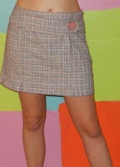 À vendre sur #vintedfrance ! http://www.vinted.fr/mode-femmes/mini-jupes/32037047-jupe-courte-droite-motif-tartan-t42-chattawak-printempsete-romantiquechicmode